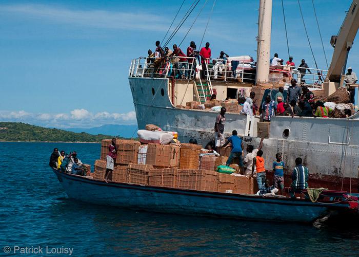 Cargo Liemba - C6Bo Voyage blog plongée